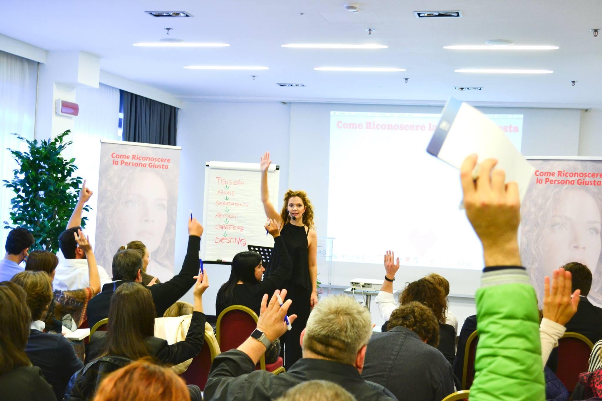 Giovanna-De-Maio-Workshop-Come-Riconoscere-la-Persona-Giusta-Roma-28